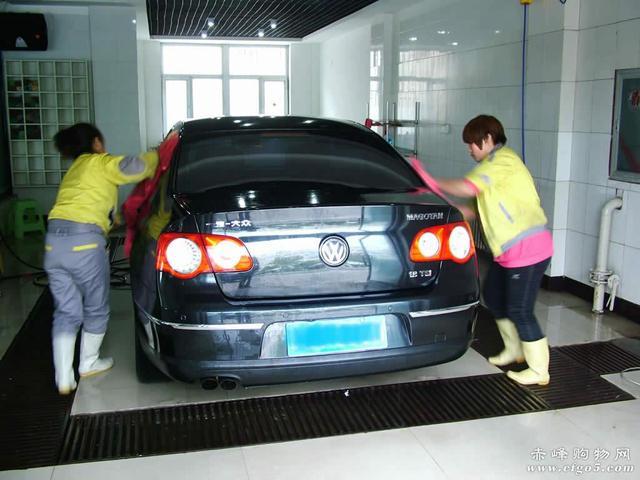 如何正确全车清洗——简易洗车过程!