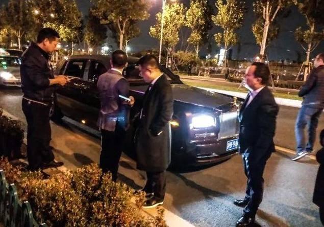 上海维密秀场堪比广州车展,吸引江浙沪大半豪车,却不见一台超跑