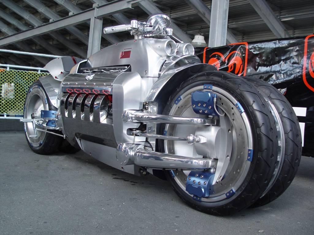 说道跑车你只知道法拉利吗?这辆摩托车最高时速可达676公里!