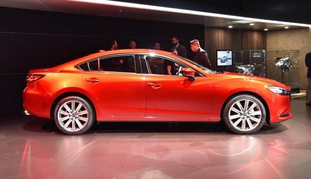 马自达新款阿特兹,全车真皮包裹+2.5T发动机,仅售16万