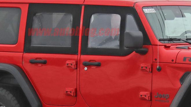 Jeep牧马人半门版测试车曝光 或于2021年上市