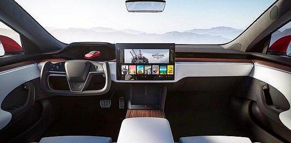 """新款Model S进行冬季测试 并未搭载新型""""轭式""""方向盘"""